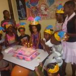 Nikiimbiwa nyimbo ya siku ya kuzaliwa, happy happy me