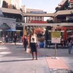 Niliweza nunua Victoria Secret kwenye hii mall in Hollywood