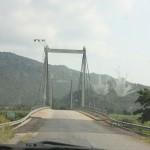 The bridge kwenye river Mara, inasemekana mto huu una mambo wengi na hatari sana