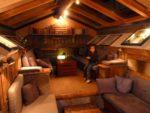 Ndani ya cabin Longyearbiyne near Northpole.