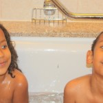 Kidos having fun in the bath