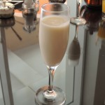 The smoothie of the day Apricots was yummy we had to ask for another glass yaani mpaka hubby aliongeza na si kawaida lol!